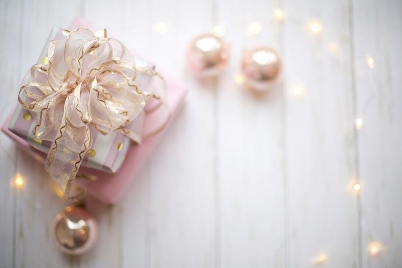 pink-extravagant gift